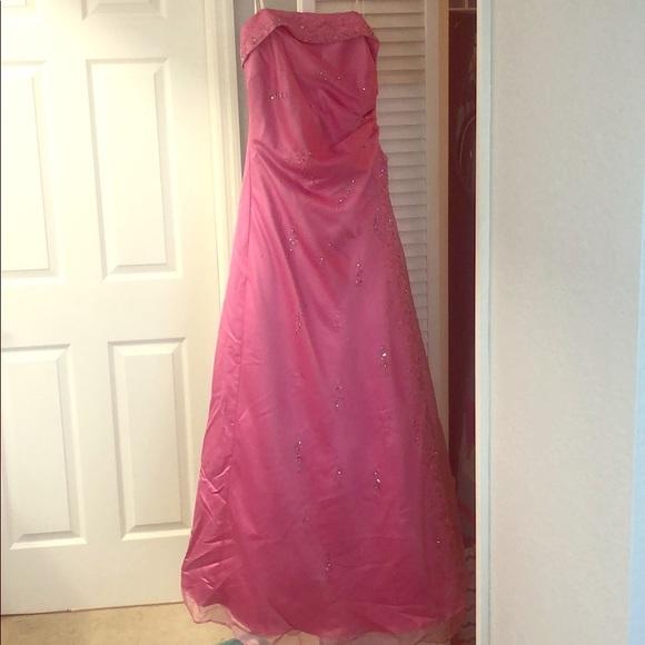 Masquerade Dresses & Skirts - Formal dress pink